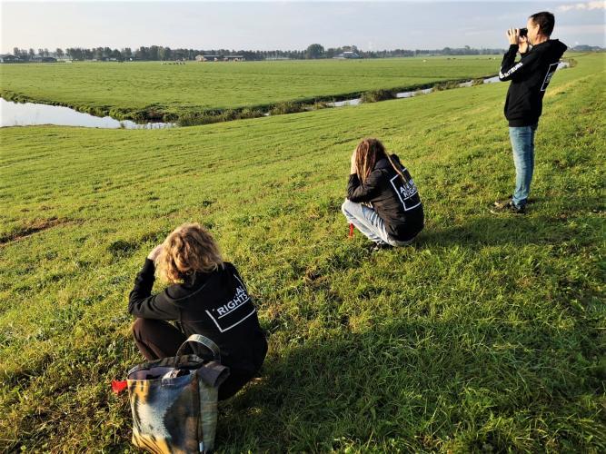 Activisten monitoren de jacht.